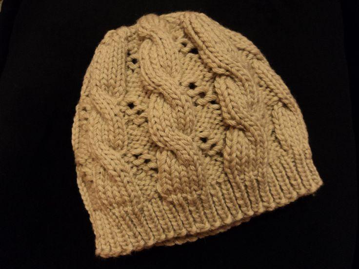 Hermiones style hat #hat #harrypotter #knit #tricot #bonnet #torsades #a...