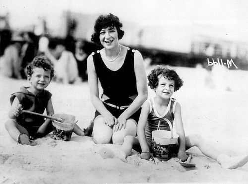 Fanny Brice With Her Two Children From Husband Nicky -7031