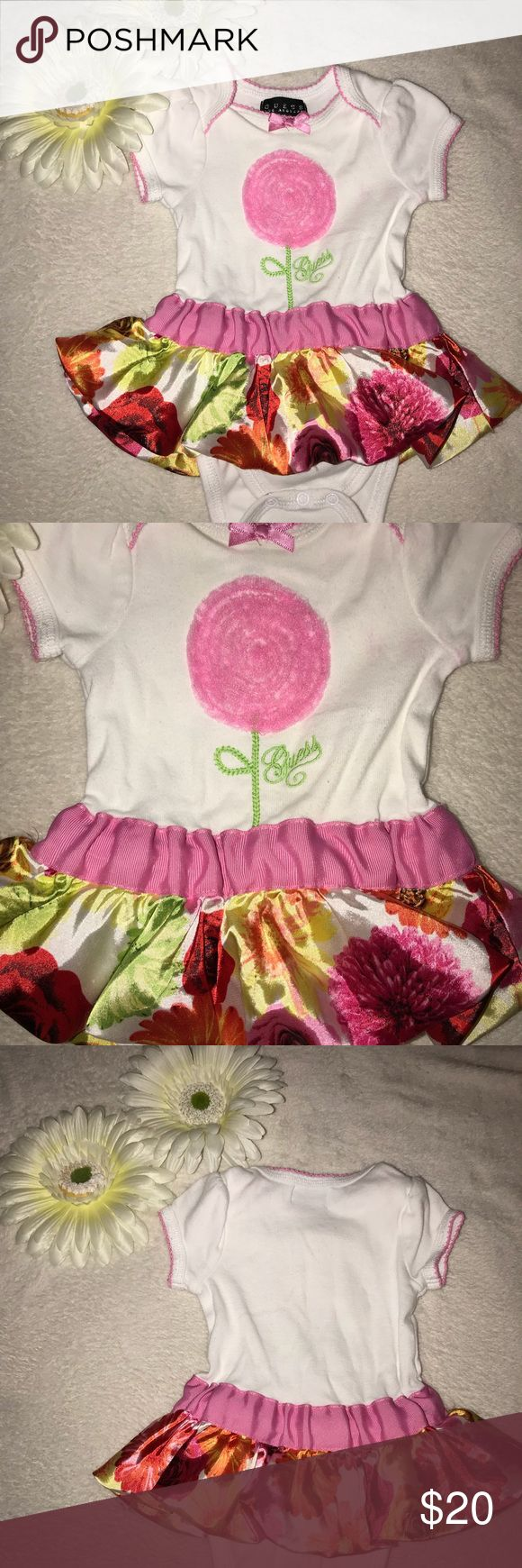 💐🌸Guess Dress 3-6 mos Girl 🌸💐 💐🌸 Baby girl will look chic and stellar in this floral dress by Guess Los Angeles, size 3-6 mos Girl 🌸💐 Guess Dresses Casual