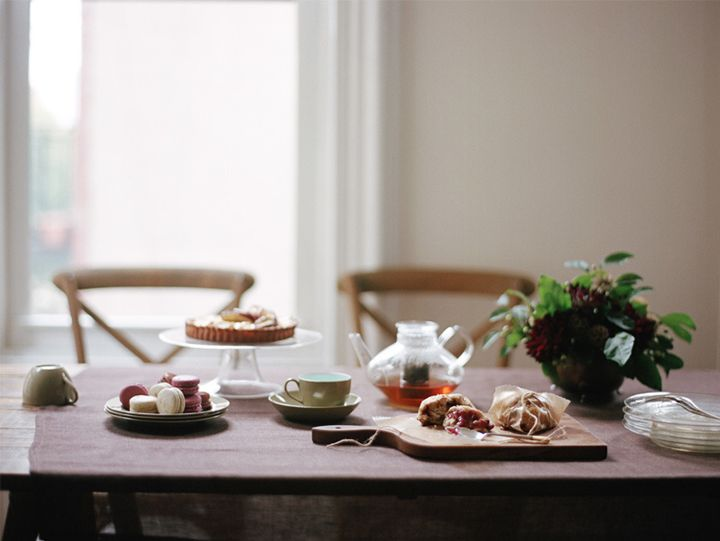 simple tea party { images: Alice Gao }: Cheshire Smile, Teas Time, Tables Sets, Alice Gao, Afternoon Teas, Food Photography, Gao Photography, Kinfolk Shoots, Teas Parties