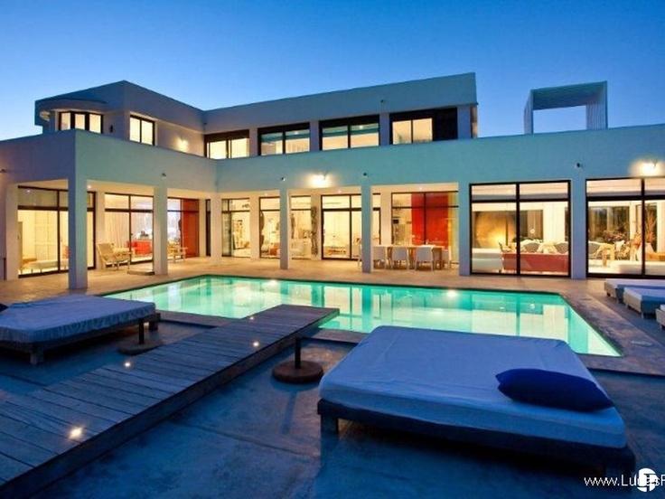10 best alquiler de vacaciones en ibiza images on pinterest city luxury villa and ibiza for Villas de lujo para alquilar en vacaciones