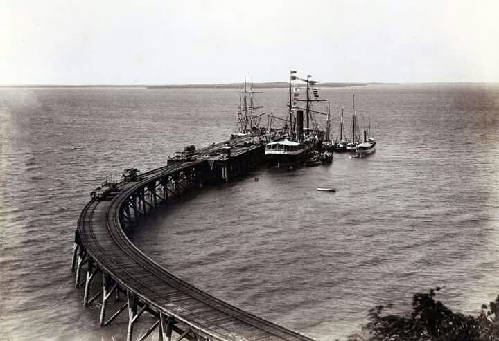 Ships at anchor at Darwin Jetty 1895 State Library of South Australia.