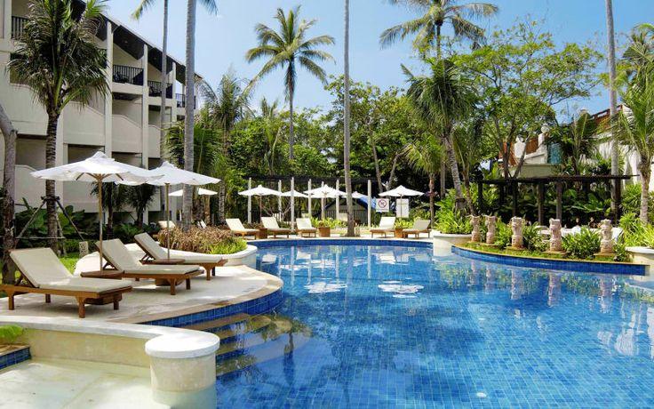 På Horizon Karon Beach Resort Club Wing i Thailand får du en afslappende ferie på tomandshånd med din bedste ven eller kæresten! Se mere på http://www.apollorejser.dk/rejser/asien/thailand/phuket/karon-beach/hoteller/horizon-karon-beach-resort-club-wing