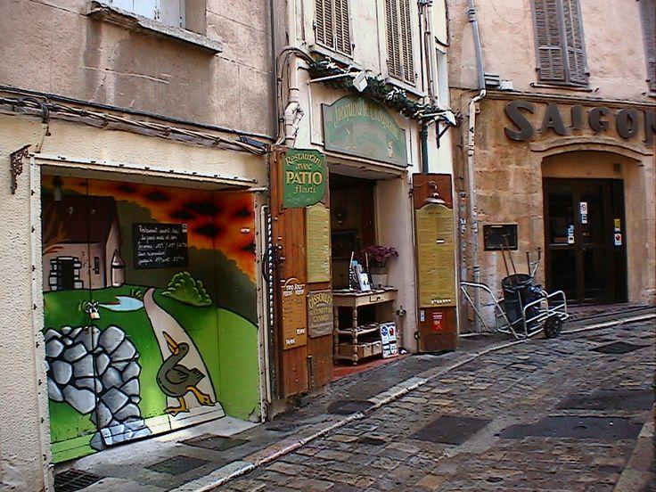 Rue quelque part en Aix-en-Provence, France