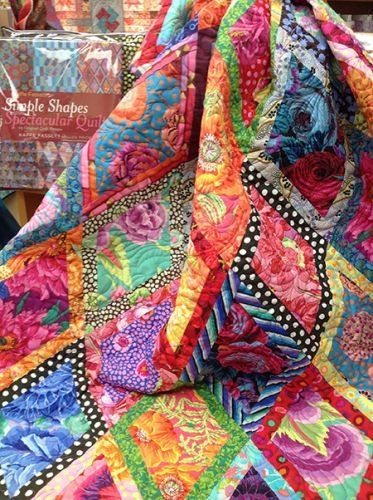 Kaffe Fassett : Border Diamond Quilt Kit at Gina's Bernina
