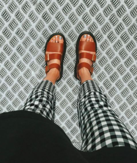 Love those checker pants with brown sandals. So 1950 while being so on trend now. Make it fun!