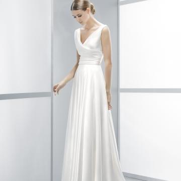 Délka dvorní Taft Okouzlijící & dramatický Levné svatební šaty