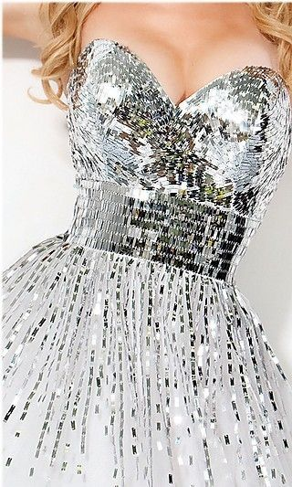 No matter what you're gonna say, i'd definitely wear this disco ball dress! Haters gonna hate~