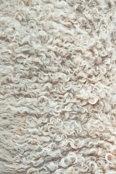 Natural Wool repinned by www.pinterest.com/quelleelegance