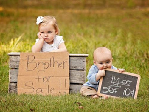 adorable sibling photo idea