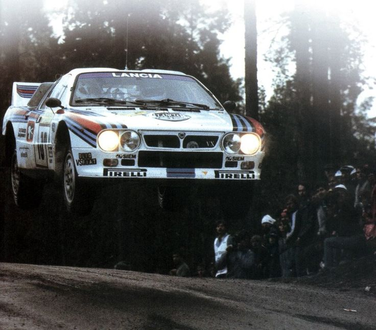 The passion for racing in one of the many rally cars that Martini sponsored... here Toivonen in a spectacular jump!