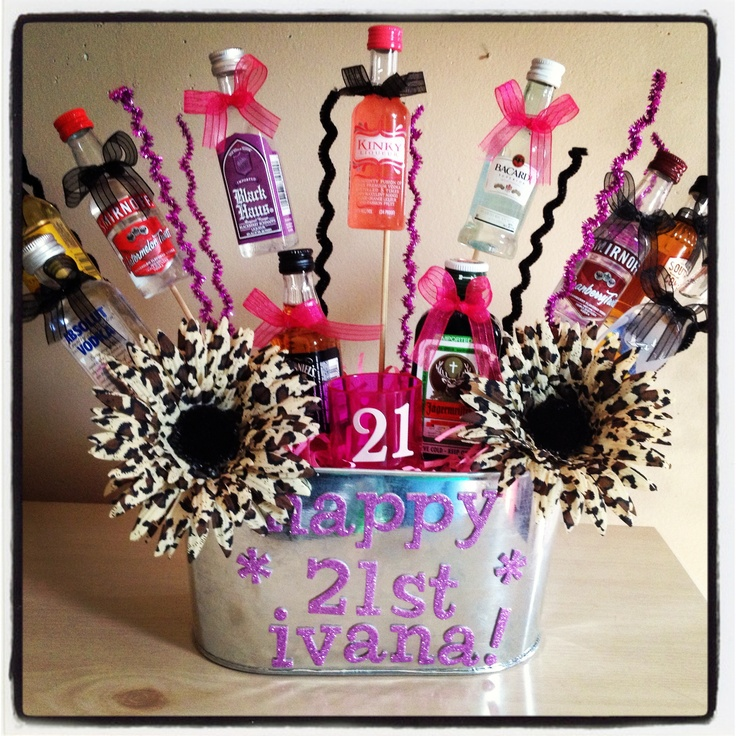 Best 25+ 21st Birthday Basket Ideas On Pinterest