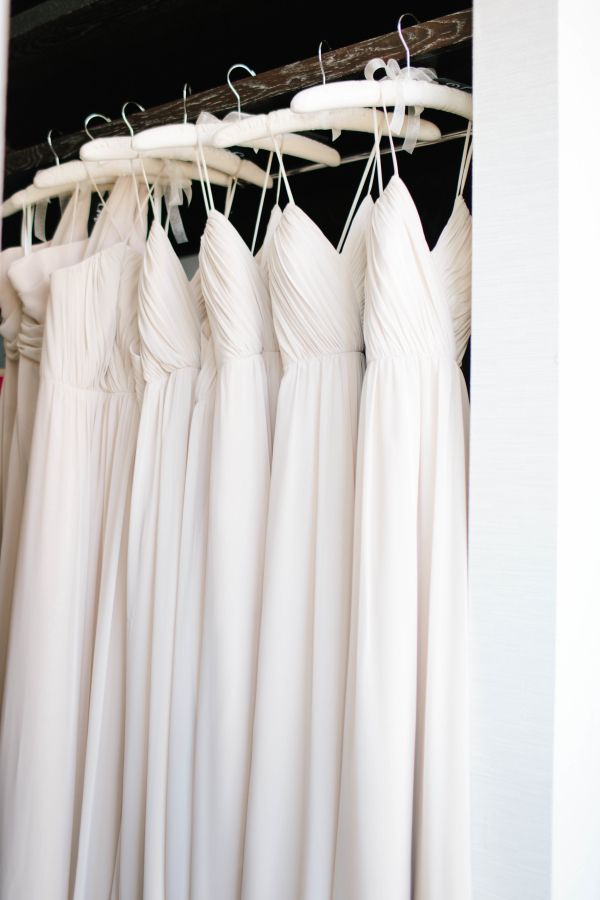 Ivory Bridesmaids Dresses | photography by http://www.heatherrowland.com/
