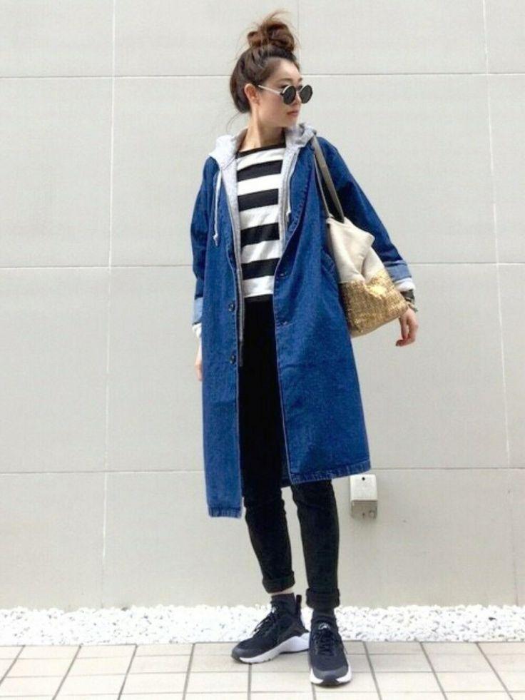 パーカーとの相性抜群♡冬のファッションアイテム デニムコート コーデを集めました♪