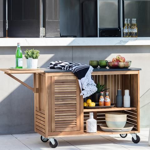 The bench module is built from Acacia wood which has a deep brown colour with an attractive natural grain and the bench top is a solid 18mm matt black granite. Acacia's durability means it doesn't scratch easily, while its water resistant properties mean it won't warp readily and is highly resistant to fungi.