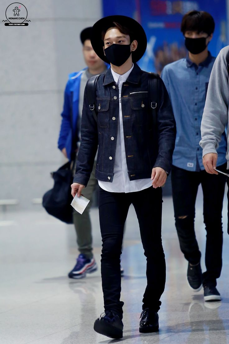 141026 Exo Chen Kim Jongdae Ft Kai Beijing Airport To Incheon Airport Exom Exo Airport