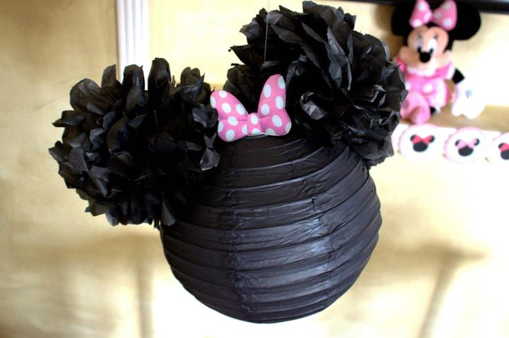 Minnie Mouse Party Decor that I made for my daughter's birthday