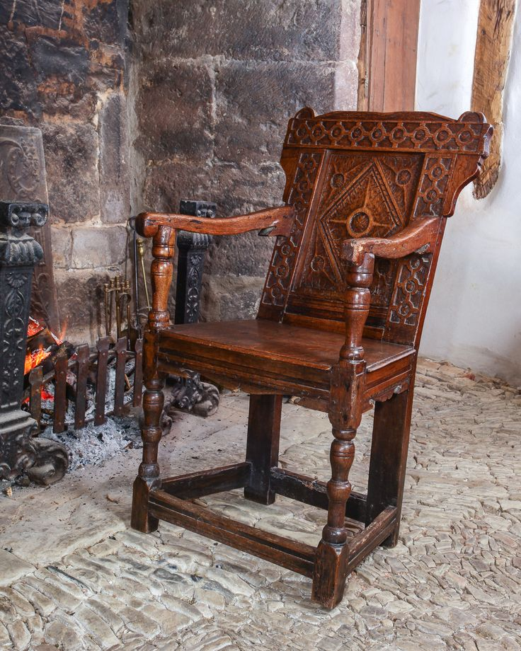 Elizabethan joined oak armchair, circa 1580. Marhamchurch antiques