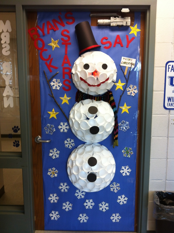 Snowman made of cups for class bulletin board craft for Snowman made out of cups