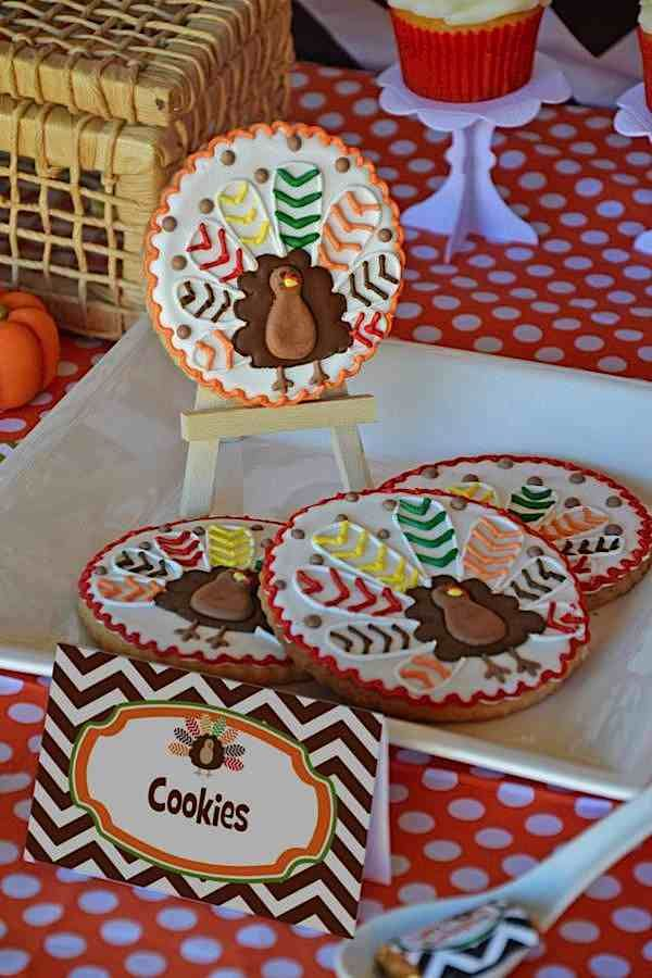 215 best Decorated Cookies - Fall   Thanksgiving images on Pinterest - copy coloring pages of christmas cookies