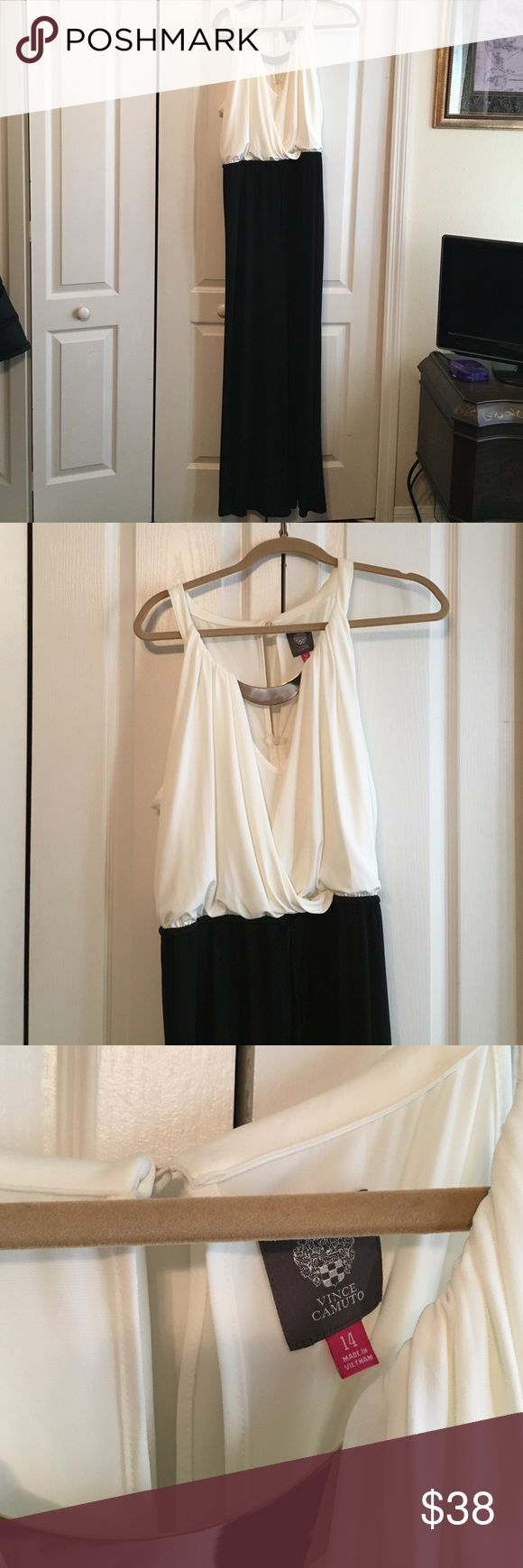 Vince Camuto Ladies Jumpsuit Size 14 NWOT NWOT Vince Camuto Ladies Jumpsuit Size 14 Vince Camuto Pants Jumpsuits & Rompers
