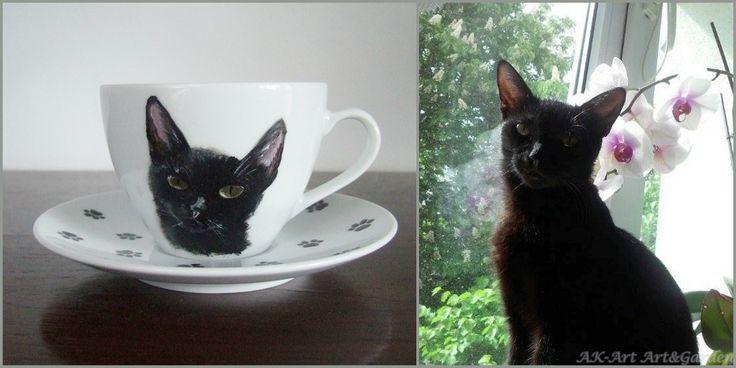 Ręcznie malowana filiżanka z kotkiem / Hand painted cup with a cat