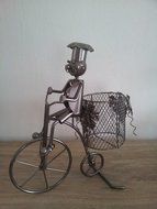 Fleshouder Man op fiets