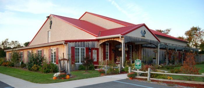 The Remote Winery In Delaware That's Picture Perfect For A Day Trip