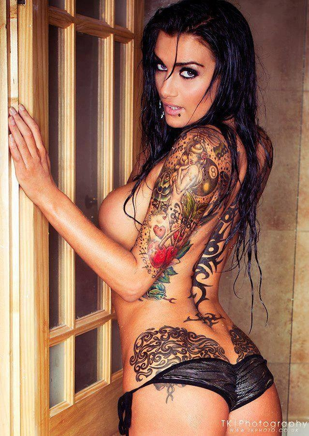 extreem tattoo naked girls