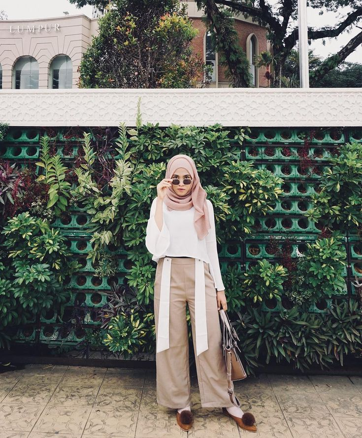 5,098 Followers, 552 Following, 108 Posts - See Instagram photos and videos from Putri P Anjani (@putrianjanie)