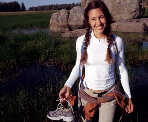 hiking outfit | Fall Apparel Gear Guide @ National Geographic Adventure Magazine Women's Hiking Clothing - http://amzn.to/2hJYguZ