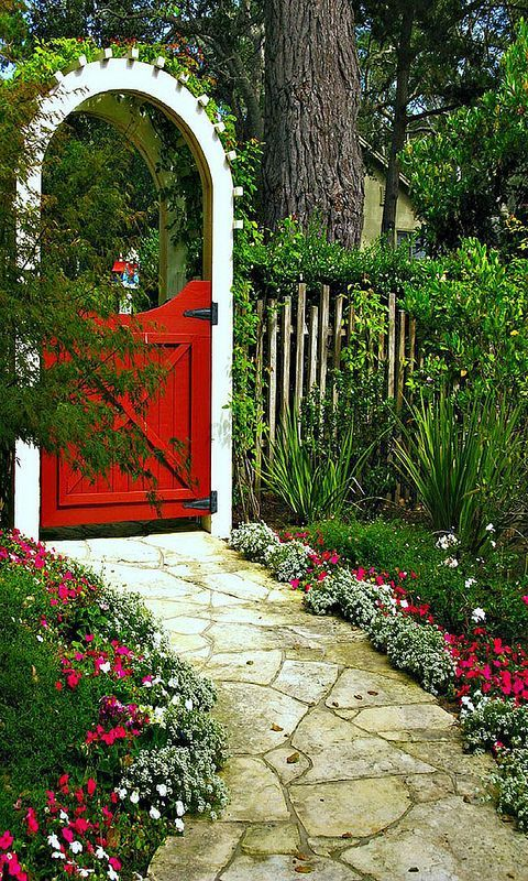The Most Beautiful Garden Gates   by HomeDecorMade