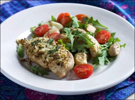 Kylling med sjampinjonger og basilikum