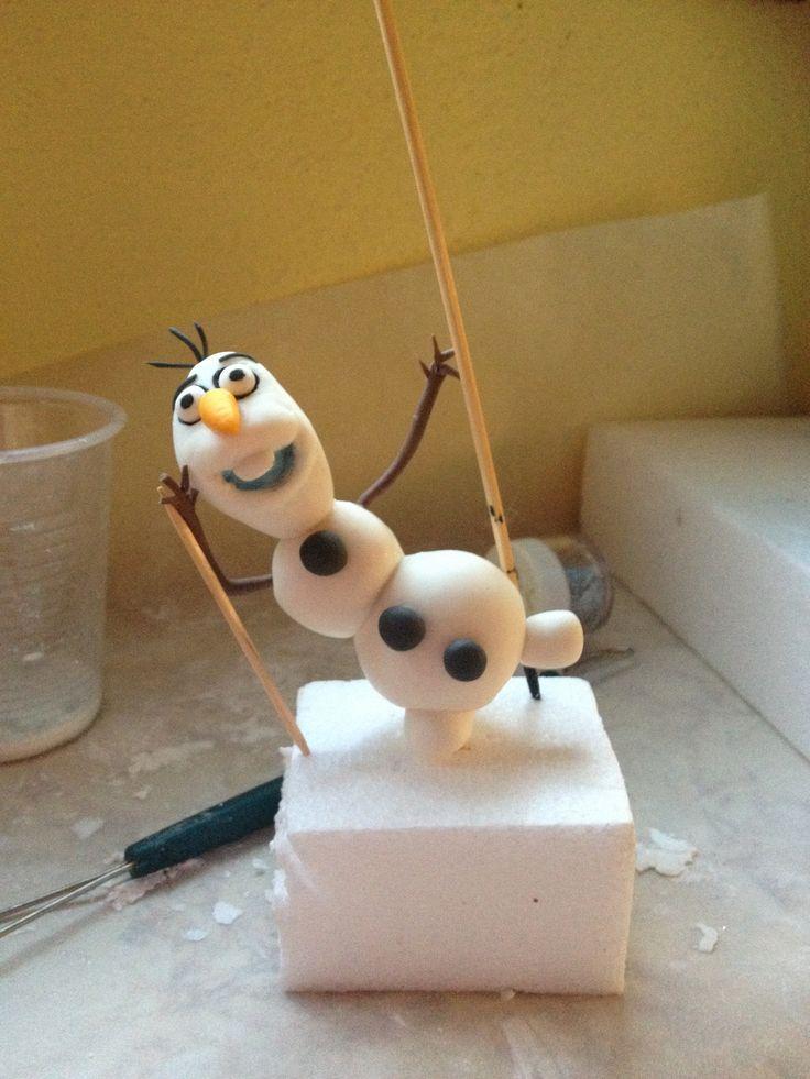 Olaf in pasta di mais (porcellana fredda)