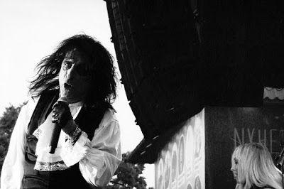 Kauhublogi: Ei se kauhuploki ole eikä mikään ellei siinä Alice Cooperia ole!