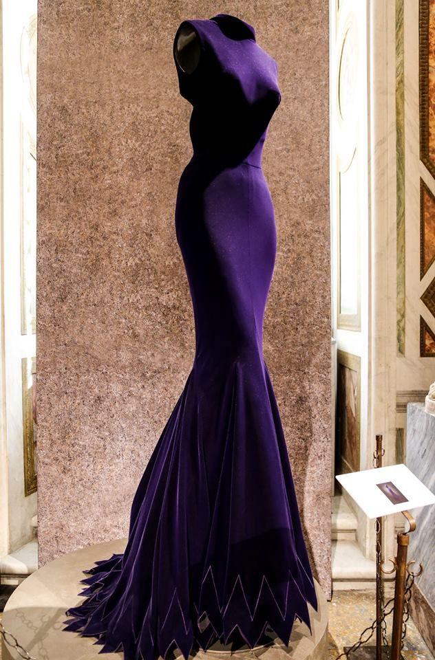 Azzedine Alaïa in the History of Fashion.