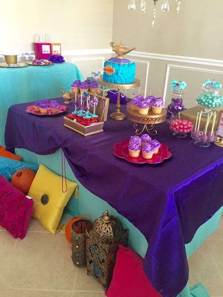 Shimmer and Shine Party 5th Birthday | CatchMyParty.com