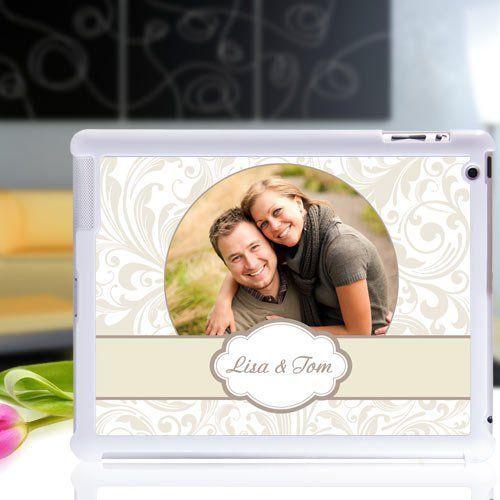 Gestalte eine iPad Hülle mit eigenem Foto im Handumdrehen. Foto hochladen, Text eingeben. Eine Geschenkidee aus der Rubrik personalisierte Geschenke.
