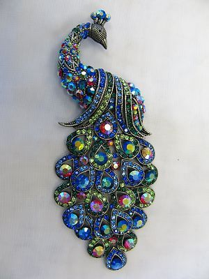 Very pretty blues - 5 1/2 inches long -- Large Silver Plated Multicolor Crystal Peacock Brooch
