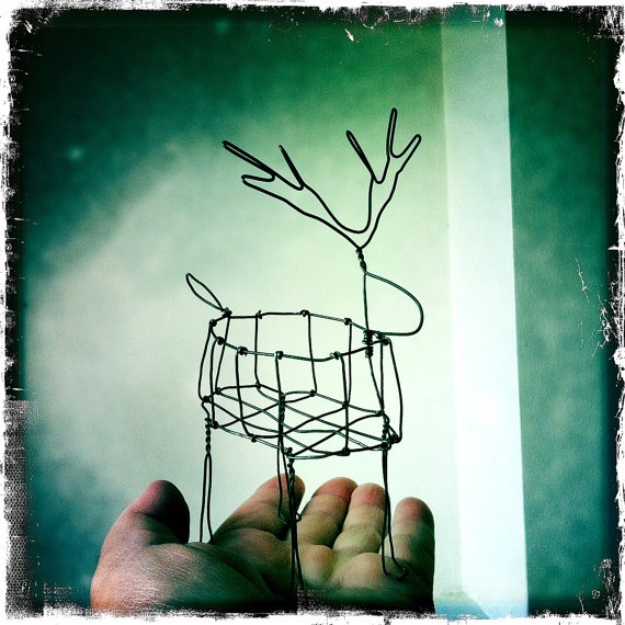 reindeer wire sculpture