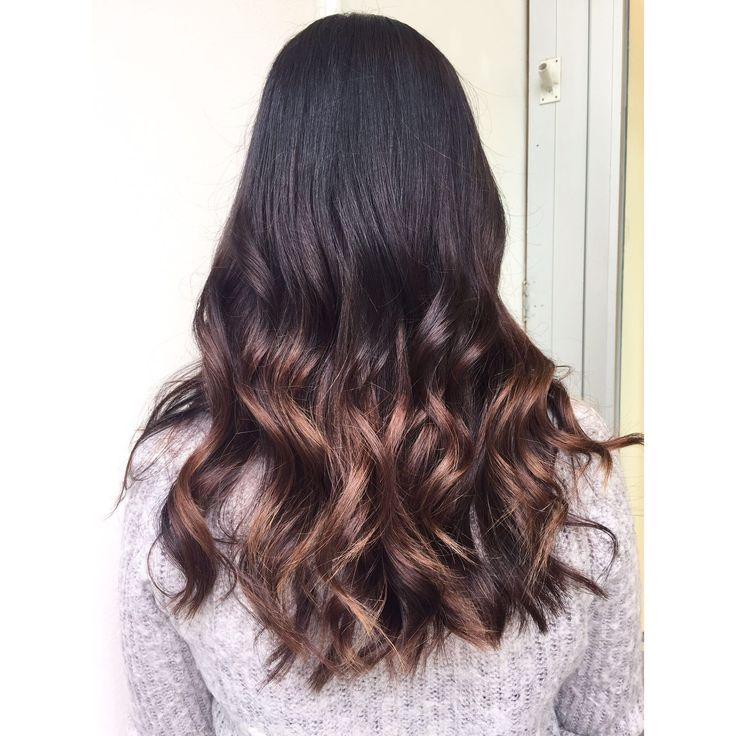 Perfect balayage with soft wavy curls