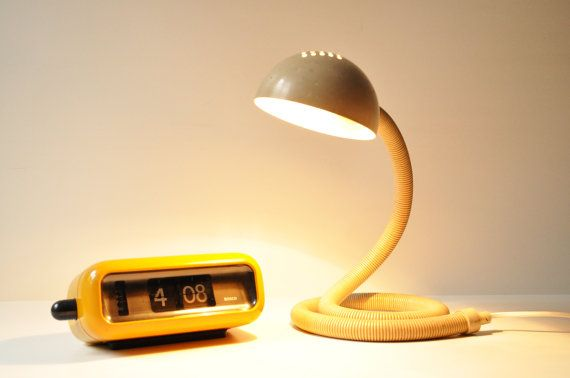 Vintage, fully adjustable, cream desk lamp, dating back to the late 1970's, made in Holland by Vrieland Design. Perfect addition for an office or a studio desk.