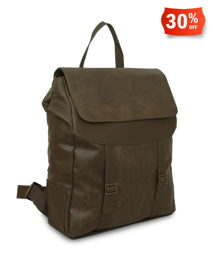 Baggit: Rocky Molymilitary Green - Rs. 2,975/- Discount price: Rs. 2,082.5/- Buy Now at: http://goo.gl/4W0nlQ