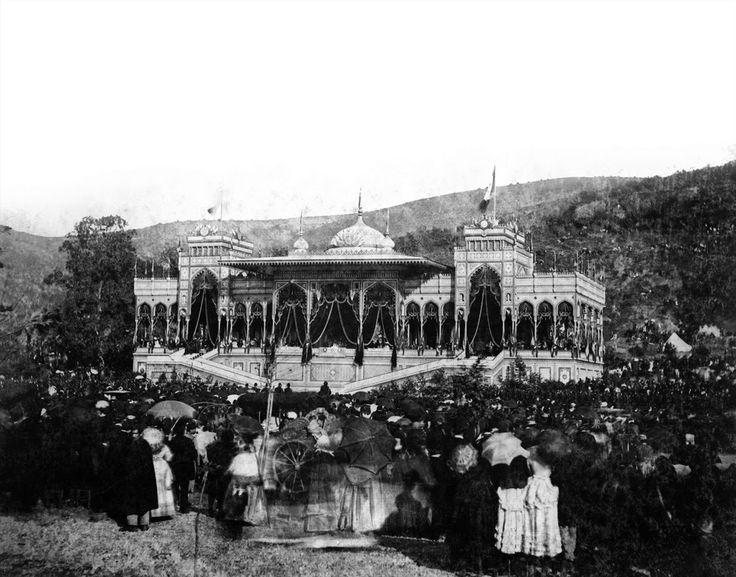 """etc.: Sultan Abdülaziz'in Avrupa Seyahati ve Kadıköy'ün """"Tokuşan Boğa""""sı I"""