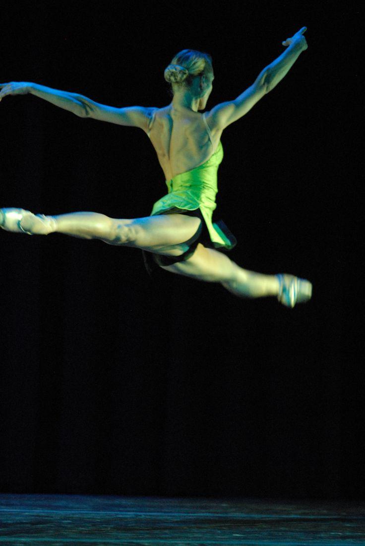 Minna Tervamaki in performance with Lemon Sponge Cake Contemporary Ballet.
