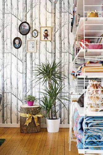 www.kidsmopolitan.com  I still want this wallpaper *sigh