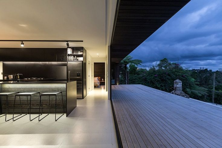 Ema House by Evelyn Mcnamara Architecture