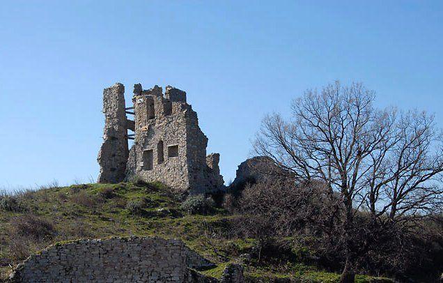 Cerenzia (ruderi del castello di Acheroentia)