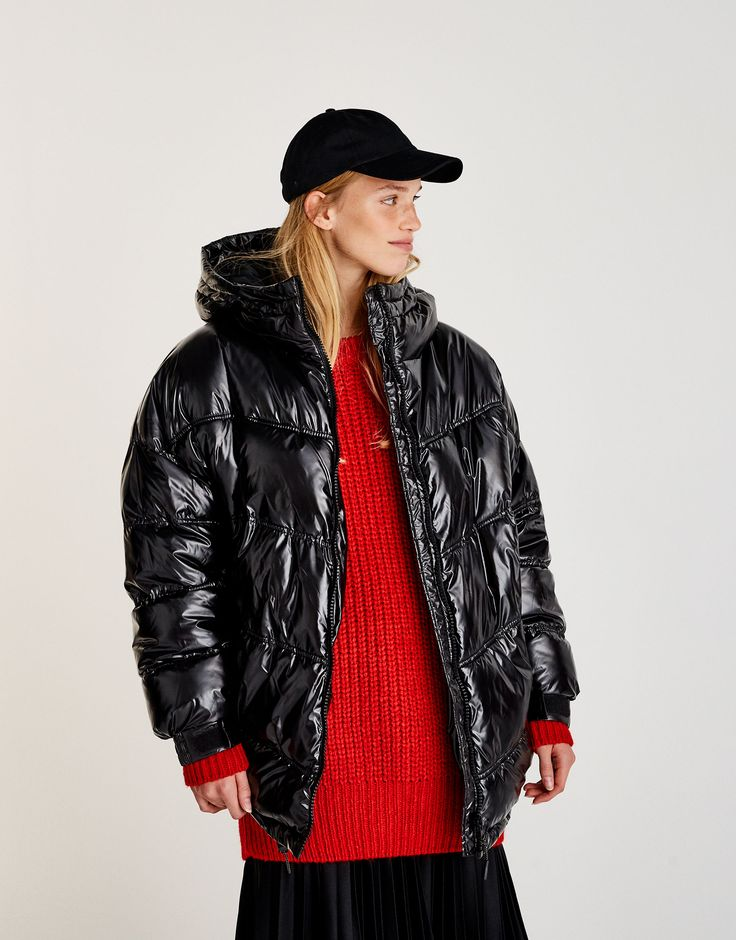 Cappotto imbottito effetto lucido - Cappotti - Cappotti e giubbotti - Abbigliamento - Donna - PULL&BEAR Italia