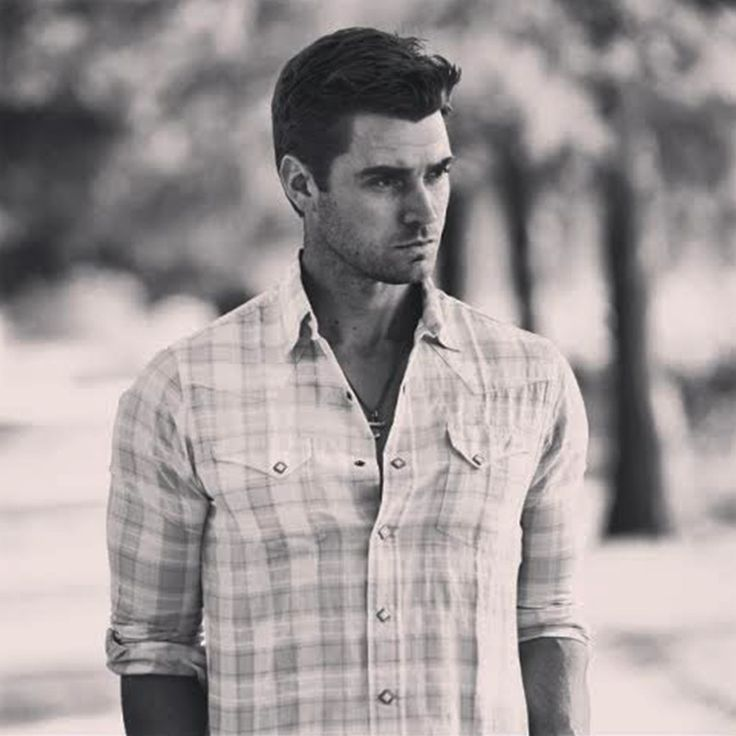 According to spoilers, one of JoJo Fletcher's Season 12 Bachelorette contestants is Army officer Luke Pell.